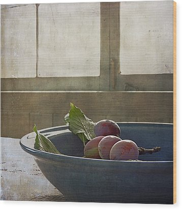 Bowl Full Of Plums Wood Print by Sally Banfill