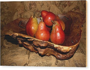 Wood Print featuring the photograph Bowl Of Pears - Still Life by Amanda Holmes Tzafrir