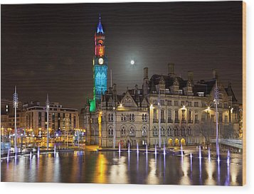 Bradford City Hall In The Evening Wood Print