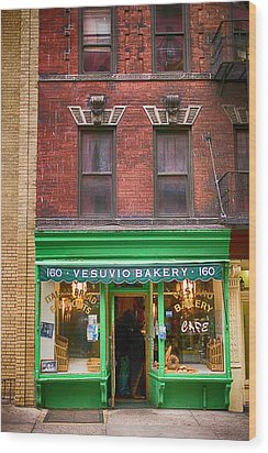 Bread Store New York City Wood Print by Garry Gay