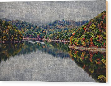 Breaking The Mirrow Wood Print by Tom Culver