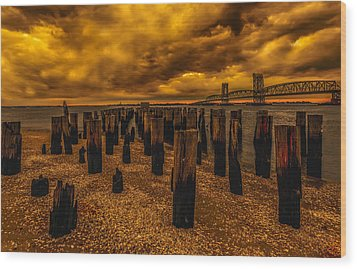 Breezy Point Sunset Wood Print by Linda Karlin