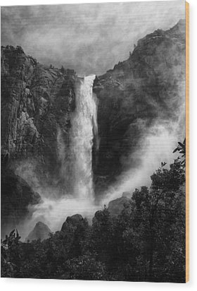 Bridalveil Falls Wood Print by Cat Connor