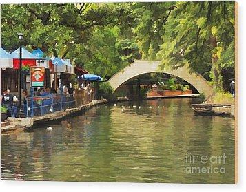 Bridge Over The Riverwalk Wood Print
