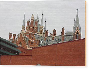 British Library And St. Pancras Wood Print by Pat Purdy