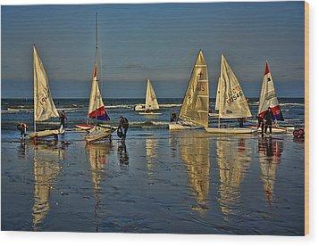 Broadstairs Sailing Wood Print