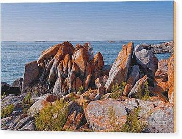 Broken Boulders Wood Print by Les Palenik