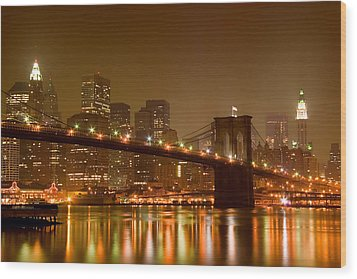 Brooklyn Bridge And Downtown Manhattan Wood Print