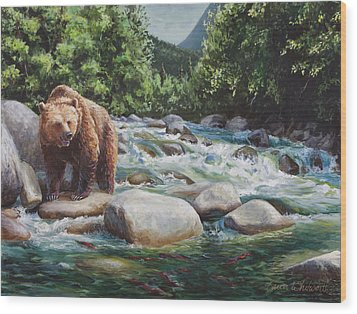 Brown Bear On The Little Susitna River Wood Print by Karen Whitworth