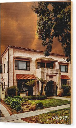 Brown House 2 Wood Print by Bob Winberry