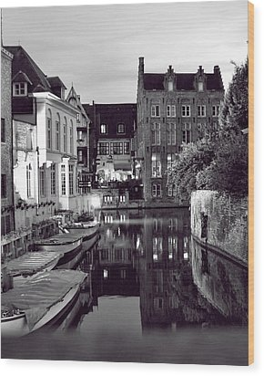 Bruges Canal In Black And White Wood Print