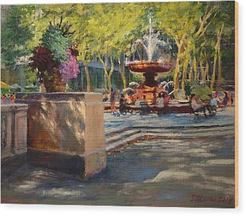 Bryant Park - Afternoon At The Fountain Terrace Wood Print