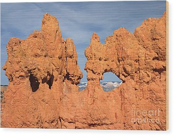 Wood Print featuring the photograph Bryce Canyon Peephole by Karen Lee Ensley