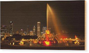 Buckingham Fountain Panorama Wood Print by Andrew Soundarajan