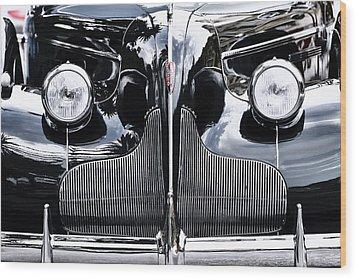 Buick Eight Wood Print by Goyo Ambrosio