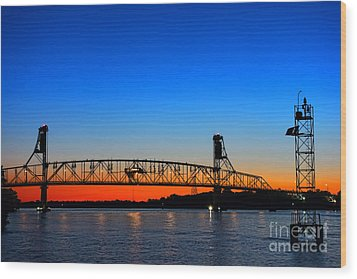 Burlington Bristol Bridge Wood Print by Olivier Le Queinec