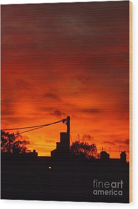 Burning Sky Wood Print by Vicki Spindler
