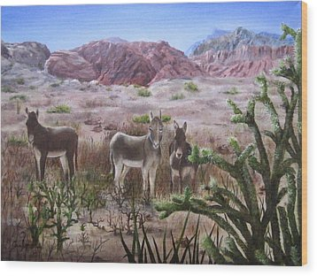 Burros At Red Rock Wood Print by Roseann Gilmore