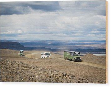 Wood Print featuring the photograph Buses Of Landmannalaugar by Peta Thames