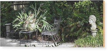 Bust In A Garden With Staghorn Fern Wood Print by Patricia Greer