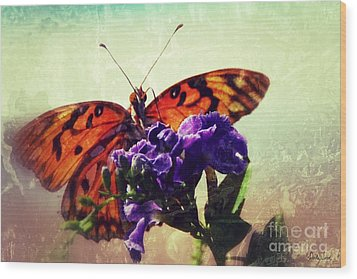 Butterfly Kissed Wood Print by Darla Wood