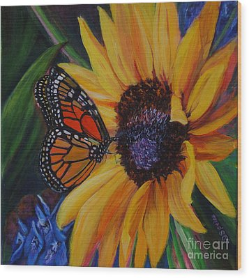 Butterfly On Sunflower Wood Print by Diane Speirs