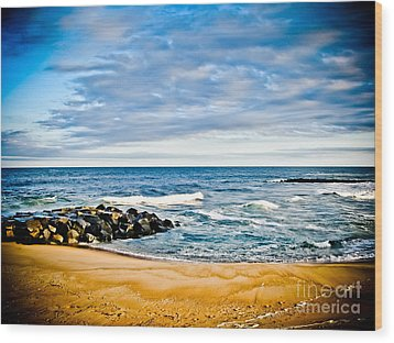 By The Beautiful Sea Wood Print by Colleen Kammerer