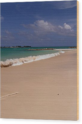 Cable Beach Bahamas Wood Print by Kimberly Perry