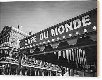 Cafe Du Monde Black And White Picture Wood Print by Paul Velgos