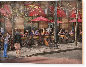 Cafe - Hoboken Nj - Cafe Trinity  Wood Print by Mike Savad