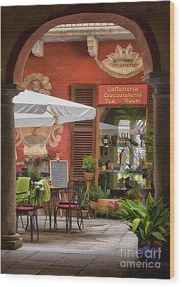 Caffeteria Orta San Guilio Wood Print
