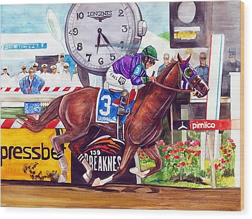 California Chrome Wins The Preakness Stakes Wood Print by Dave Olsen