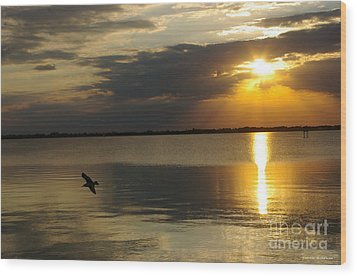 Calm Sunset Wood Print by Tannis  Baldwin