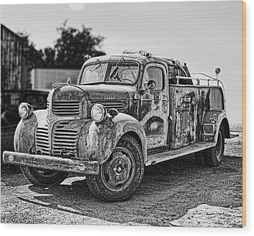 Wood Print featuring the photograph Calusa Rural Fire Truck No2 by William Havle