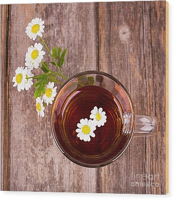 Camomile Tea Wood Print by Jane Rix