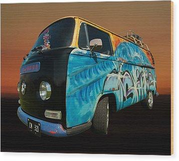 Camper Van Paint Job Wood Print by Pete Hemington