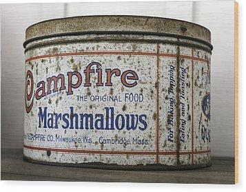 Campfire Marshmallows Tin Wood Print by Lynn Palmer