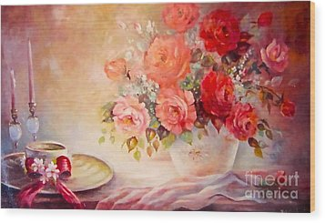 Candlelight Roses And Hat Wood Print by Patricia Schneider Mitchell