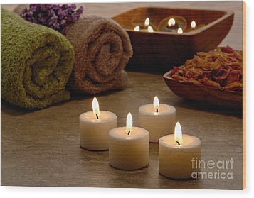 Candles In A Spa Wood Print by Olivier Le Queinec
