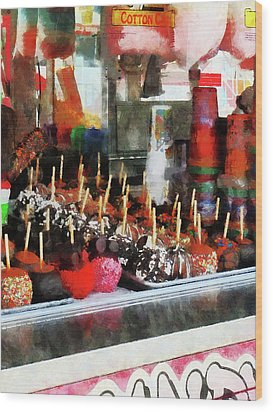Candy Apples Wood Print by Susan Savad