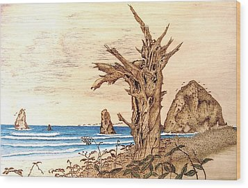 Cannon Beach In October Wood Print by Roger Storey