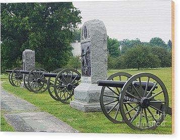 Cannons At Gettysburg Wood Print by J Jaiam