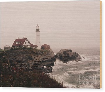 Cape Elizabeth In The Mist Wood Print