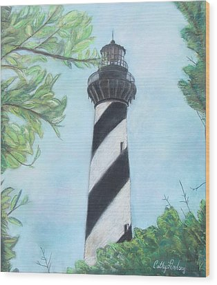 Cape Hatteras Light Wood Print by Cathy Lindsey