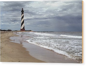 Wood Print featuring the photograph Cape Hatteras Lighthouse by Tom Brickhouse