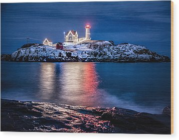 Wood Print featuring the photograph Cape Neddick Lighthouse by Robert Clifford