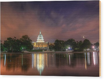 Wood Print featuring the photograph Capitol At Night by Michael Donahue