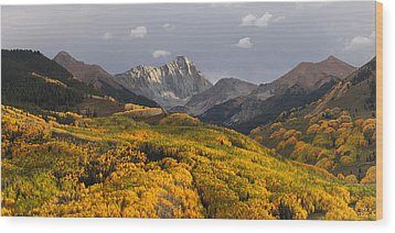 Wood Print featuring the photograph Capitol Peak Panorama by Aaron Spong