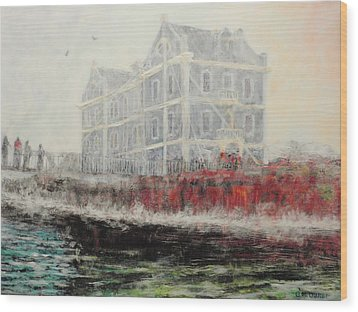 Captains Manor In The Fog Wood Print by Michael Durst