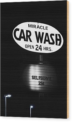 Car Wash Wood Print by Tom Mc Nemar